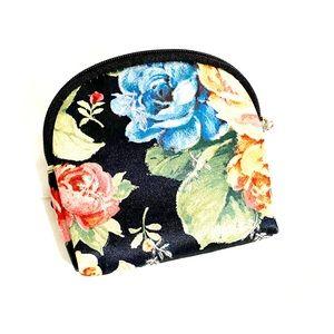 3 for $25🔥 Floral Print Makeup Case